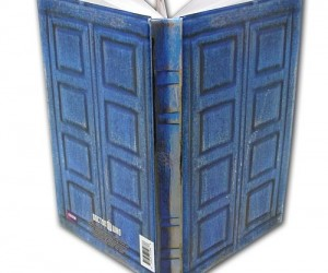 Now you too can be like Doctor Who with the Doctor Who TARDIS Journal!