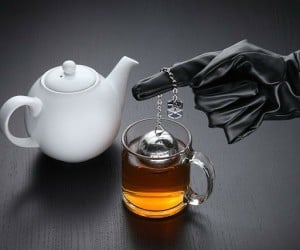 Death Star Tea Infuser – If you take your tea on the dark side then this Star Wars Death Star tea infuser is for you!