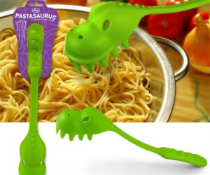 Pastasaurus – Dig into your pasta dinosaur style with the Pastasaurus pasta scooper
