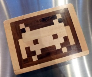 Space Invaders Cutting Board – An 80′s classic brought back in cutting board form.