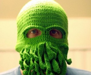 Cthulhu Ski Mask – It won't give you the power to consume human souls, but it will keep your face warm, and make a great Halloween costume!