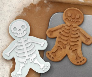 Skeleton Gingerbread Men – Gingerbread men aren't just for Christmas anymore, enjoy them during the spookiest of Holidays too!