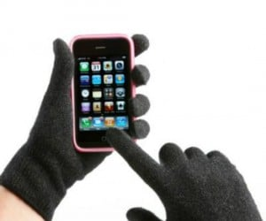 iPhone Gloves – The weather's getting cold, winter will be upon us soon, but you won't be freezing your fingers off while using your iPhone, iPad, or other smartphone or […]