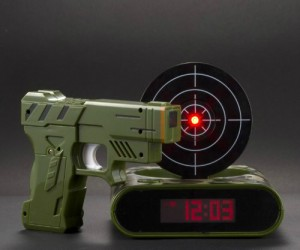 Gun Alarm Clock – Everybody has fantasies about shooting their alarm clock for waking them up, but you actually can with this set. It's good practice for improving your aim […]