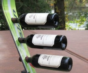Have a trendy kitchen this winter with a wine rack made of recycled skis.