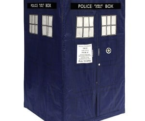 Doctor Who TARDIS Play Tent – If you can't own a real TARDIS having a TARDIS play tent might be the next best thing.