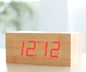 Wood Grain LED Clock – You might just think this was a chunk of wood sitting on the shelf until you realize that the time is lit up on the […]