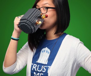Lego Coffee Mug – Have your coffee and build it too!