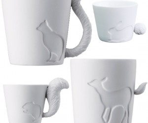 A lot of people have made the observation of a mug handle looking like a cat's tail, but how about some other cute critters!