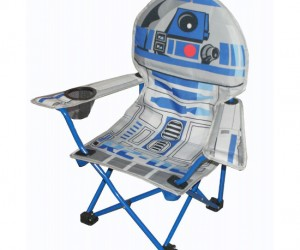 R2D2 Folding Chair – This droid makes a convenient place to sit.