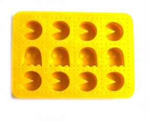 Pacman Ice Cube Tray – What's the best drink to use Pacman ice in? Cherry aid!