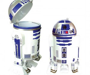R2D2 Trash Can – Quite possibly the greatest trash can in the whole galaxy!
