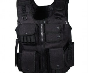 Law Enforcement SWAT Vest – Whether you actually need the extra protection or just use it for a game of paintball this vest is for you!