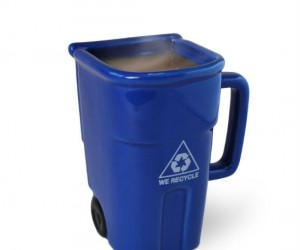 Recycling Bin Coffee Mug – Perfect for the environmentally conscience coffee drinker