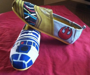 Custom Painted Star Wars TOMS – Get your TOMs a custom paintjob!