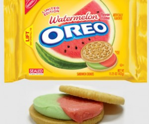 Watermelon Oreos – Whoever thought of making watermelon flavored cookies is a genius!