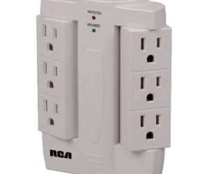 Pivoting Surge Protector – Give your home a little more room when you can face your plugs to the side instead of straight out.