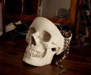It's almost Halloween, you should change out your normal key tossing bowl for a skull shaped one!