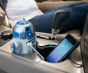 Star Wars R2D2 Car Charger – Luke would be so jealous!