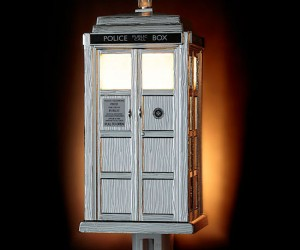 Doctor Who TARDIS Night Light – There's no need to be afraid of the dark with The Doctor around!