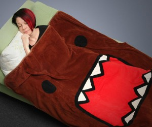 Domo Fleece Blanket – Don't worry about snuggling up with Domo-kun he (probably) won't eat  you!