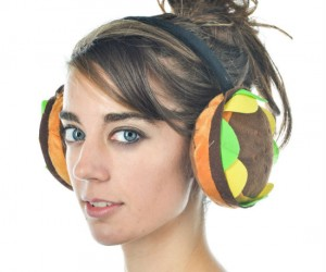 Hamburger Earmuffs - Hamburgers are good for all sorts of things… curbing your hunger, keeping your ears warm… maybe thats about it.