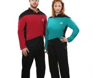 Star Trek Pajamas – Or more commonly referred to as geek lingerie .