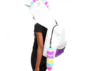 Make every school day a little more magical with this hooded unicorn backpack!