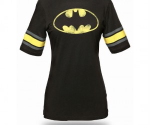 Batman Hockey Stripe Babydoll Tee – Perfect for rooting on Gotham's youth hockey team!