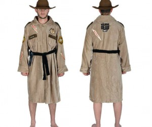 The Walking Dead Rick Grimes Bathrobe – Rick Grimes reporting for snuggle duty.