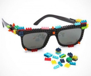 You can customize your look any way you want with LEGOs! ((actually nanoblocks not lego)