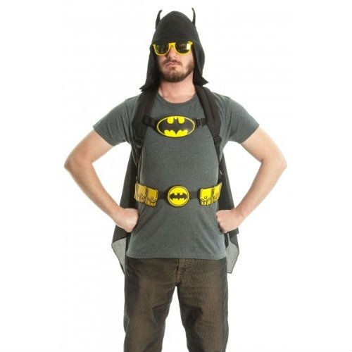 batman-products-hooded-backpack-with-wings-2