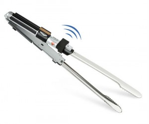 Star Wars Lightsaber BBQ Tongs – Show off your galactic grilling skills!