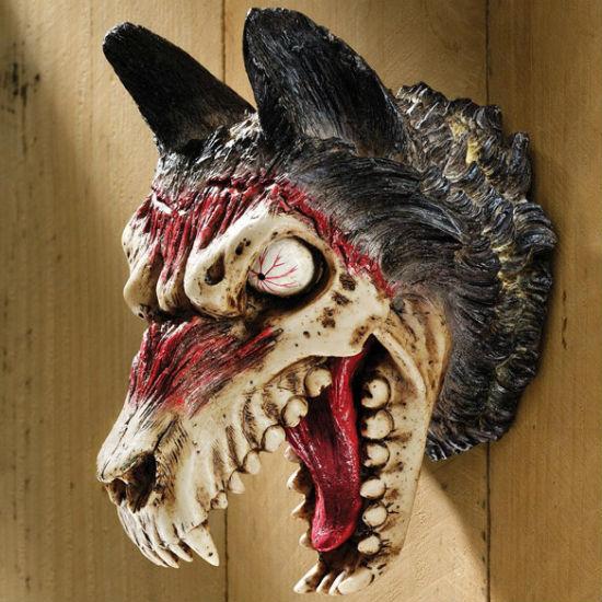 werewolf zombie trophy