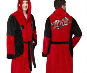 Deadpool Fleece Robe – This is what awesome looks like!