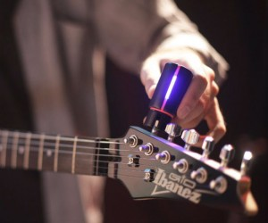 Tune your guitar faster and better than your roadie!