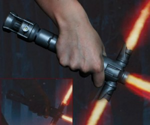 The force awaken, with a brand new style of lightsaber!