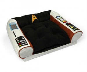 Star Trek Pet Bed – To boldly nap where few dogs have napped before!