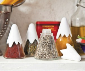 Himalaya Spice Shakers – Perfect for those who wish to spice up their cooking to a much higher level!