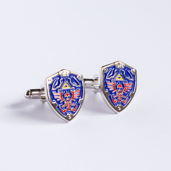 hylian-shield-cufflinks
