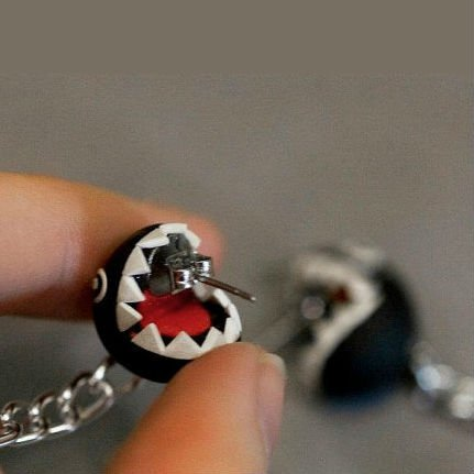 chain-chomp-earrings-4
