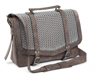 Knight Chainmail Satchel – Runs rings around your other bags