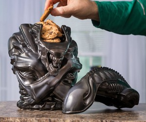 Scariest Cookie Jar Ever!