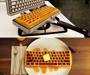 Keyboard Waffle Maker! -CTRL+ALT+DELicious!