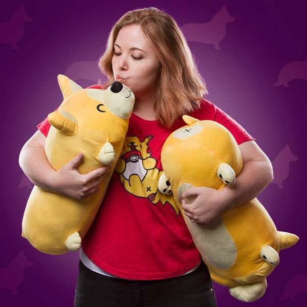 corgi-roll-pillow-thinkgeek