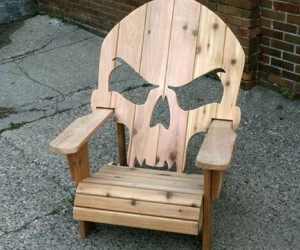 Wooden Skull Chair!