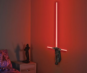 Build your own Kylo Ren lightsaber wall lamp!