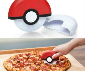 Pokeball Pizza Cutter – Great for fans of pizza and Pokemon!